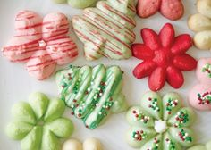 The Wilton Method®: Christmas Spritz Cookies - Creativebug
