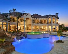 Extraordinary Luxurious Lake House Applying Italian Building Concept: Beautiful Landscape Pool Harbor Breeze Lake Home Exterior Mansions For Sale, Mansions Homes, Luxury Mansions, Luxury Swimming Pools, Best Vacation Destinations, Vacation Spots, Building Concept, Rich Home, Pool Waterfall