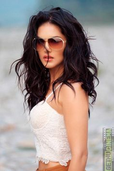 Sunny Leone images pics sunny leone is indian model and best actress. she was appeard many movies and tv drama with her bold looks. and sunny Beautiful Celebrities, Beautiful Actresses, Indian Actress Photos, Stylish Girls Photos, Celebrity Biographies, Elegant Wedding Hair, Most Beautiful Indian Actress, Bollywood Actress, Bollywood Memes