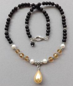 Champion Sea Shell Pearl pendant,beads,white Pearls handmade necklace #Handmade #Pendant