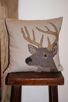 Appliqu 233 Stag Cushion Applique Cushions Animal Cushions