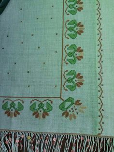 Alıntı Embroidery Patterns Free, Embroidery Stitches, Bargello, Needlework, Cross Stitch, Crafts, Dish Towels, Craft, Cases
