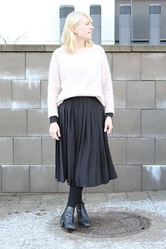 Midi skirt outfit winter