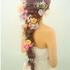 【miyamuu150】さんのInstagramをピンしています。 《ナチュラルウェディングにぴったり✨ #2016 #wedding #プレ花嫁 #ナチュラル #森 #山 #ヘアーアレンジ #marry花嫁 #ラプンツェルヘア》