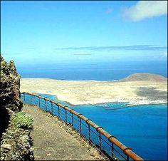 El Mirador del Rio- Lanzarote. Que mira a la Graciosa, cuantas veces la he mirado yo.