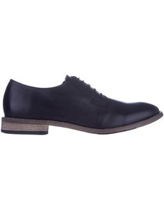 Made from supple leather, the Julius Marlow Shock dress shoes have a flawless, understated design with contrast stitch detail around the outsole.https://dresslikeastar.com.au