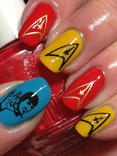 Even though this would be impossible for me to do it still looks freakin' awesome. Funky Nails, Shiny Nails, Star Trek Nails, Star Trek Wedding, Star Trek Cosplay, Nail Time, Make Up Art, Stylish Nails, Geek Out
