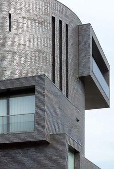 Image 8 of 30 from gallery of Duikklok / Bedaux de Brouwer Architecten. Photograph by Tim Van de Velde Brick Architecture, Beautiful Architecture, Interior Architecture, Brick Cladding, Brickwork, Building Structure, Brick Building, Brick Projects, Brick And Stone