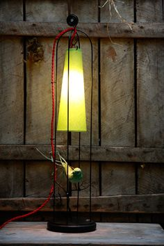 Lights and lampshades on pinterest lampshades lamp for Fermer la fenetre