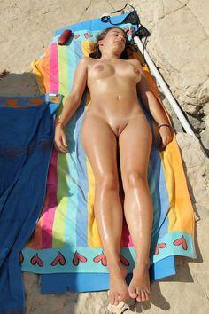 (1/3)Beach Girl