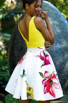 A Line Yellow V Neck Floral Print Homecoming Dresses, Cute Short Prom Dress – Simibridaldress
