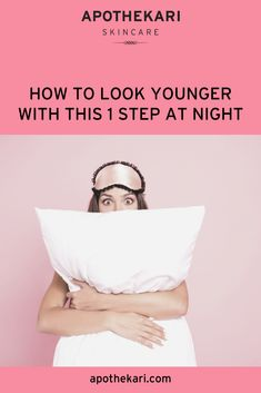 If you want your skin to look younger, this 1 step at night will help to reduce the appearance of fine lines and result in firmer, smoother an brighter skin! Anti Aging Serum, Anti Aging Tips, Best Anti Aging, Anti Aging Skin Care, Skincare Blog, Best Skincare Products, Skincare Routine, Younger Looking Skin, Look Younger