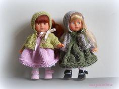 Agathe et Adélaïde | by krispie2013 Knit Fashion, Minis, Crochet Hats, Dolls, Knitting, Fabric Dolls, Knitting Hats, Baby Dolls, Tricot