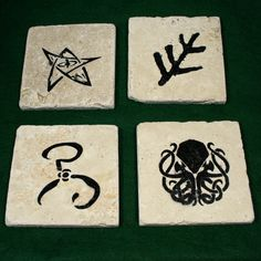 Lovecraft / Akrham / Cthulhu themed natural stone coasters - tumbled travertine with felt back and water resistant paint - set of 4 Be Natural, Natural Stones, Color Patterns, Color Schemes, Horror Party, Paper Mache Crafts, Stone Coasters, Paint Set, Paint Finishes