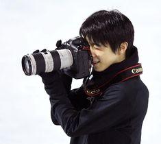 Cute Yuzuru + camera