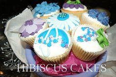 Cupcake bouquet in blue/purple