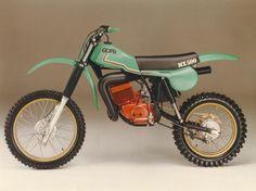 Moto Gori i n i b a n g g e t z Motocross Vintage, Enduro Vintage, Vintage Bikes, Vintage Motorcycles, Ktm Dirt Bikes, Mx Bikes, Off Road Bikes, Cool Bikes, Sport Bikes