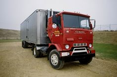 What a sweet Jimmy this is! Anding Transit had it at an open house/ customer appreciation day at Kenworth in Madison, Wisconsin on April 11. 1992.