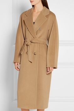 Camel wool and cashmere-blend Button fastenings through double-breasted front…