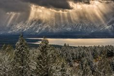 "Tetons Break - Tetons Break   Grand Tetons as seen from Signal Mountain & during an early autumn winter snow shower.  Stay up to date with the latest at <a href=""https://www.facebook.com/EyeOfAlens"">Visit EyeOfAlens</a>"