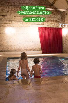 Deze kasteelboerderij is een plek om te slapen, maar meer nog om te dromen. Alle luxe die je je maar kan wensen: een fantastisch bed voor de ouders, en in de aanpalende kamer drie comfortabele bedden voor de meereizende kinderen. #hotelbelgie #hotel #belgie #hotelzwembad #luxehotel #kindvriendelijkhotel #zwembad Places To Travel, Travel Destinations, Places To Visit, Travel List, Travel Advice, Travel With Kids, Family Travel, Weekender, Visit Belgium