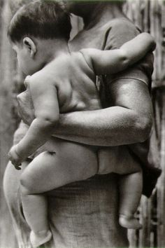classic pregnancy photo by Tina Modotti