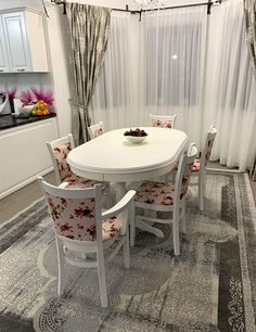 Chairs and chairs with Europa table made by Mobirom in Europe. Our chairs and tables are made of beech wood Table And Chair Sets, Furniture Sets, Minimalism, Upholstery, Dining Table, Wood, Home Decor, Tapestries, Decoration Home