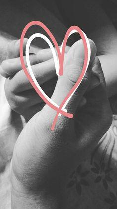 #Baby #lockscreen #baby&i #love #holdhands #bnw #b&w #blackandwhite
