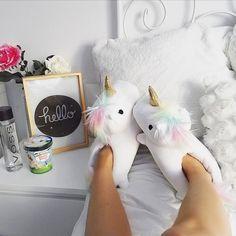 ¡Fantasía en cada paso! #unicornios #zapatillasunicornio #zapatillas #hogar #descanso