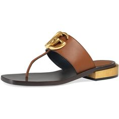 Gucci Marmont Logo Leather Thong Sandal (4,285 CNY) ❤ liked on Polyvore featuring shoes, sandals, cuir, gucci flats, flat shoes, leather strappy sandals, thong sandals and strap flats