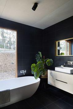 Two Halves / Moloney Architects / ph: Christine Francis