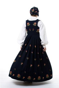 """Black """"Jordet bunad"""" with embroidered waist and skirt from Gudbrandsdalen, Oppland, Norway (It is also made in blue, but I haven't found a picture) Silver Accessories, Norway, Most Beautiful, Textiles, Costumes, Skirts, How To Wear, Google Search, Black"""