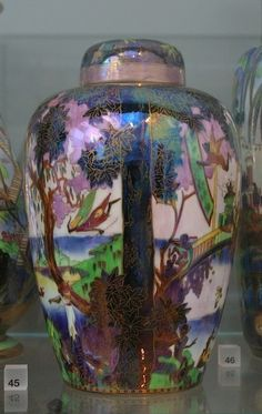 Wedgwood Fairyland Lustre Vase Victoria and Albert Museum London