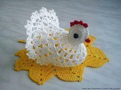Пасхальная курочка под яйцо.