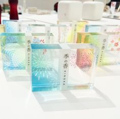 . 先日ブリーゼブリーゼ(梅田)で開かれていた日本を包む展に行ってきました。すごいきれいなパッケージデザインでうっとり☺️他の写真はブログ(プロフィールから飛べます🚀)に載せてます✋🏻 ・ ・ #日本を包む展 #パッケージデザイン #ブリーゼブリーゼ #日本パッケージデザイン協会 #和 #デザイン #design Japanese Graphic Design, Love Design, Packaging Design, Concept, Design Packaging, Package Design, Japan Graphic Design