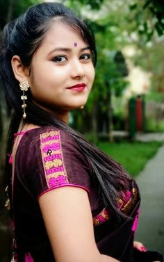 Desi Girl Image, Girls Image, Young And The Reckless, Beautiful Girl Indian, Cute Beauty, Indian Actresses, Cute Girls, Anna, Sari