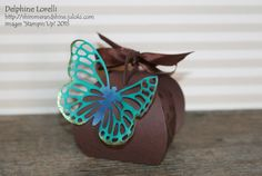 Shimmer and Shine - Teachers' gifts : Chocolate and Butterflies (3 colours : here blue) with matching card - #StaminUp, #Curvy #Keepsake, #Butterfly Framelits, #Dotty #Angles