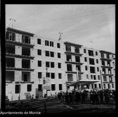 Pandora, Spain, Building, Antigua, Dogs, Buildings, Construction, Architectural Engineering