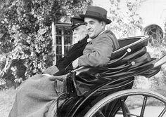 GALERIE: Muž, který fotil mrtvého Jana Masaryka, promluvil! StB mi hned sebrala…