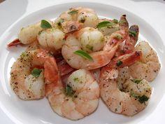 Reteta culinara Creveti cu usturoi din categoria Fructe de mare. Specific Spania. Cum sa faci Creveti cu usturoi Food Design, Shrimp, Seafood, Goodies, Food And Drink, Cooking Recipes, Vegan, Sweets, Fine Dining