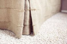 Pleated burlap bed skirt, Queen size, rustic bedroom look, natural burlap bedskirt, Choose the drop – magic-toptrendpin. Burlap Bed Skirts, Burlap Bedding, Rustic Bedding, Linen Bedding, Bedding Sets, Neutral Bedding, Bed Linens, Buffalo Check Bedding, Bed Valance