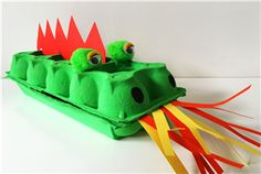 You can make this scary dragon yourself! Paper Crafts For Kids, Cardboard Crafts, Crafts To Do, Fun Team Building Activities, Preschool Activities, Games For Kids, Diy For Kids, Game Of Thrones Theme, Dragon Party