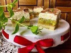 Jabłecznik z galaretką i bitą śmietaną - Pieprzyć z fantazją Pudding, Desserts, Food, Tailgate Desserts, Deserts, Custard Pudding, Essen, Puddings, Postres