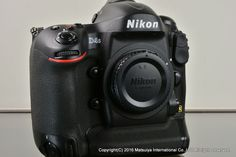 ** MINT ** NIKON D4S 16.2MP Digital Camera Body Very Low 2906 Shutter #Nikon
