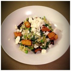 Pumpkin and goats cheese risotto. Healthy Mummy Recipes, Great Recipes, Healthy Dinners, Skinny Recipes, Skinny Meals, Clean Eating, Healthy Eating, Healthy Food, Goats Cheese Risotto