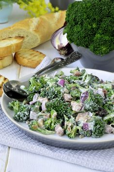 This tasty broccoli salad dressing is best made the day before. Pour it over your favorite broccoli salad recipe and leave it overnight, so the. Retro Recipes, New Recipes, Salad Recipes, Favorite Recipes, Ethnic Recipes, Fruit Salad With Pudding, Creamy Salad Dressing, House Salad, Broccoli Salad