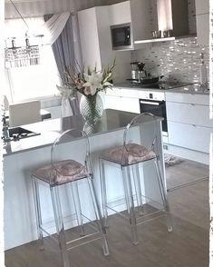 No automatic alt text available. Open Plan Kitchen Living Room, Home Decor Kitchen, Kitchen Furniture, Modern Kitchen Design, Interior Design Kitchen, Modern Interior Design, Kitchen Models, Küchen Design, Design Ideas