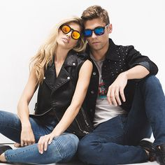 DIME,BLACK FRAME | GOLD MIRROR LENS. Stainless Steel 3 Barrel Hinge For Higher Quality / Durability.diffeyewear.com