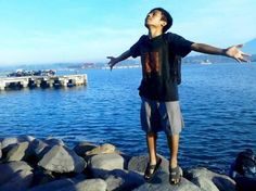 fly : in the beach | iqbalsaputra