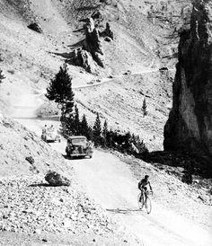 Bartali ascendiendo el Col d'Izoard en el Tour de 1938